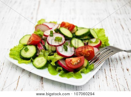 Spring Salad With Tomato, Cucumbers And Radish
