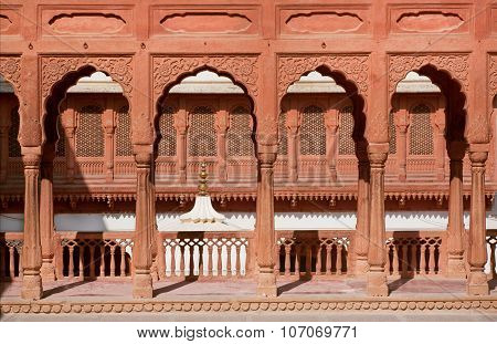 Columns And Arches Of An Ancient Palace In India