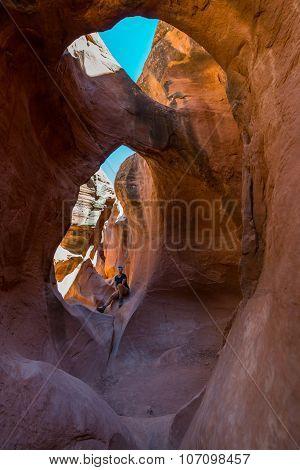 Hiking Peekaboo Slot Canyon