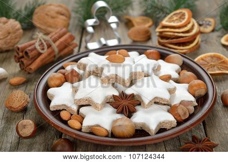 Traditional Christmas Cookies Zimtsterne
