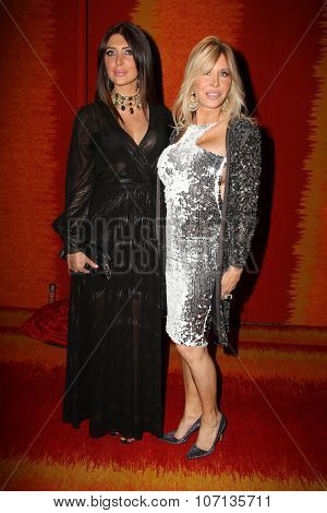 LOS ANGELES - SEP 20:  Brittny Gastineau, Lisa Gastineau at the HBO Primetime Emmy Awards After-Party at the Pacific Design Center on September 20, 2015 in West Hollywood, CA