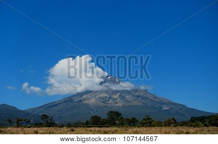 Mount Egmont, Mount Taranaki, Taranaki, South Island, New Zealand