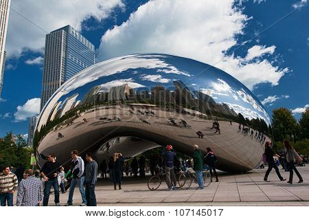 Chicago, Usa - October 6: Famous Slivery Bean Sculpture In Chicago Millennium Park In Chicago, Illin