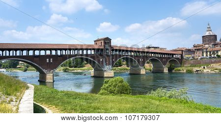 Pavia (italy): Covered Bridge