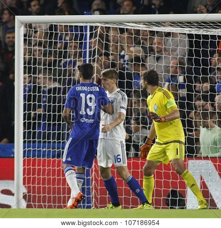 LONDON, ENGLAND - NOVEMBER 04 2015: Diego Costa of Chelsea and Serhiy Sydorchuk of Dynamo Kyiv during the UEFA Champions League match between Chelsea and Dynamo Kyiv at Stamford Bridge