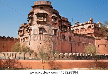 Tower Of Famous 16Th Century Junagarh Fort In  India.