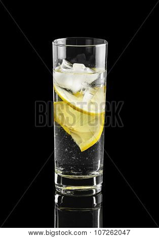 Water With Lemon And Ice