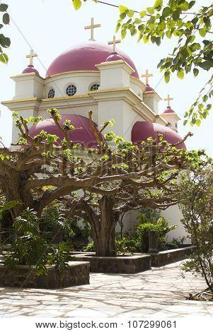 Church of the 12 Apostles