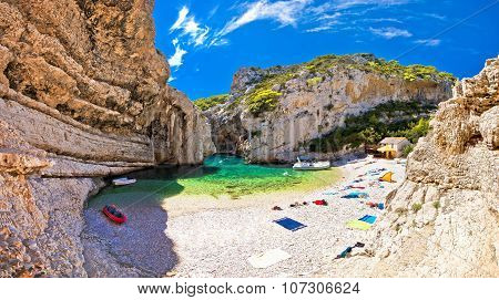 Amazing Stinva Beach Of Vis Island