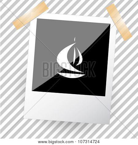 ship. Photoframe. Vector icon.