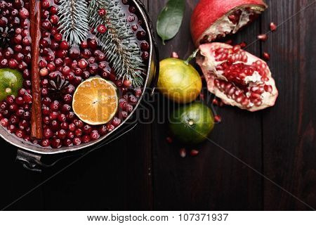 Cranberry Mandarin Mulled Wine