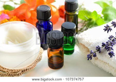 essential oils with cream