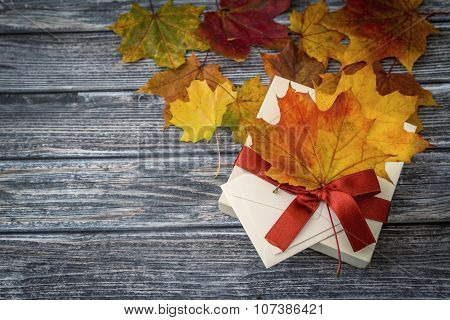Autumn Holiday Present Box, Top View
