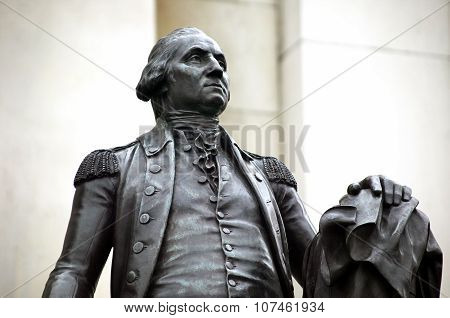 George Washington statue