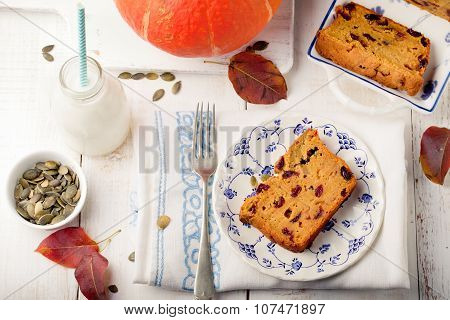 Pumpkin seem bread, loaf, cake with cranberries