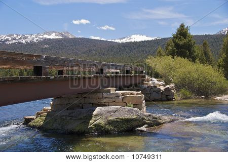 Tuolumne bridge closeup, Yosemite