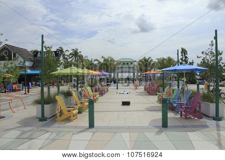 Colorful Plaza In Lauderdale-by-the-sea Florida