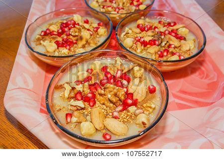Turkish Dessert Ashura 4