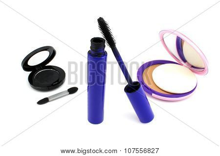 Accessories For Applying Makeup