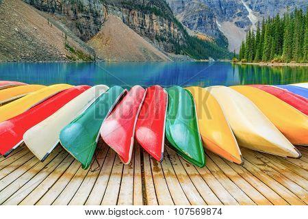 Kayaks on Moraine lake