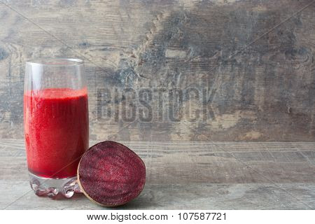 Red detox with beetroot