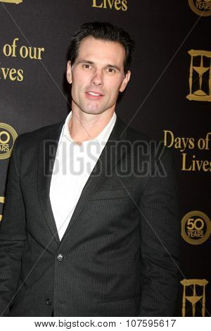 LOS ANGELES - NOV 7:  Austin Peck at the Days of Our Lives 50th Anniversary Party at the Hollywood Palladium on November 7, 2015 in Los Angeles, CA