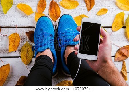 Runner with smartphone