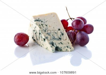 Gorgonzola And Grape Isolated On  White