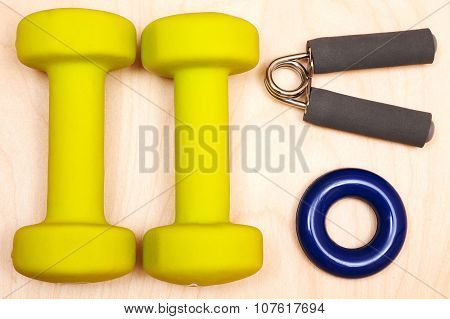 dumbbell and expander