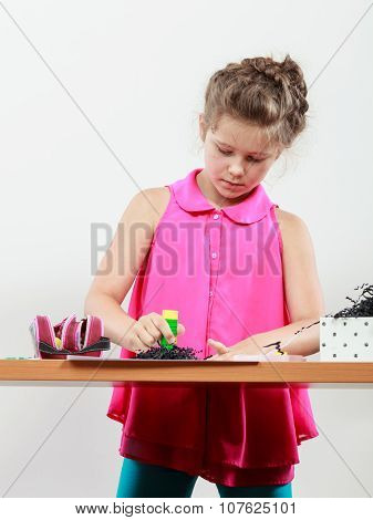 Little Girl Create Work