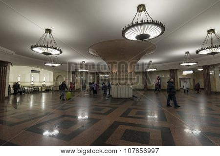 MOSCOW, RUSSIA -01.11.2015. Kurskaya subway stations. Moscow Metro carries  7 million passengers per