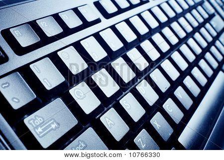Teclado de computador preto