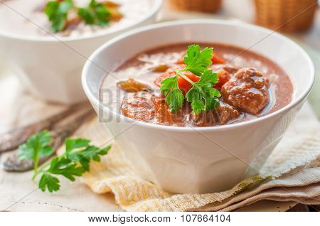 Slow Cooked Beef Stew With Vegetables