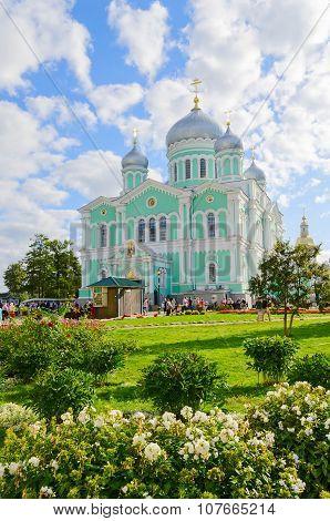 Trinity Cathedral Of The Holy Trinity Seraphim-diveevo Monastery, Diveevo, Russia