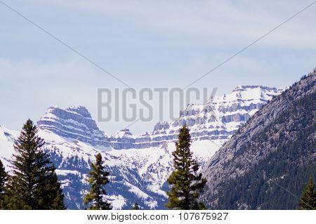 Canadian rockies peaks
