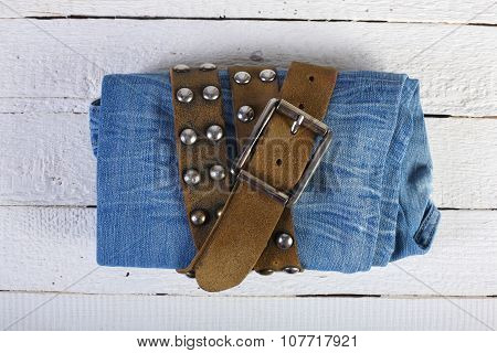 Jeans In A Belt 2