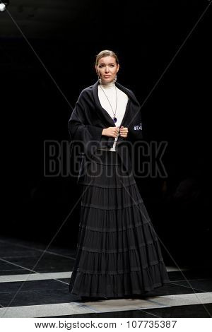 ST. PETERSBURG, RUSSIA - OCTOBER 27, 2015: Collection of SOLDATOVA NATALIA Fashion House at the fashion show during Mercedes-Benz Fashion Day St. Petersburg
