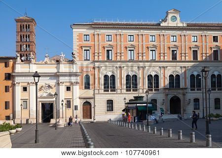 Piazza Di San Silvestro, Street View