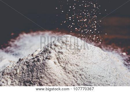 Flour Rain