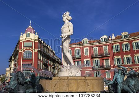 Fontaine De Soleil, Place Massena In Nice