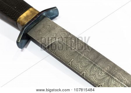 Patterns At The Blade Of Damask Dagger