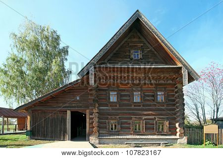 Peasant Ancient House In Suzdal. Russia