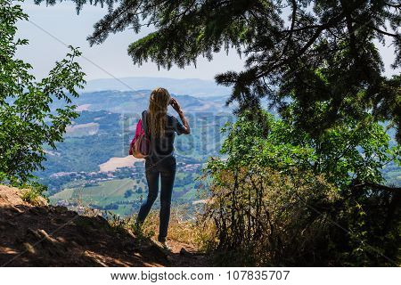 Girl Photographer Take Pictures Of A Mountain