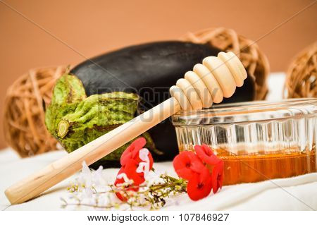 Ingredients for eggplant marmalade with honey