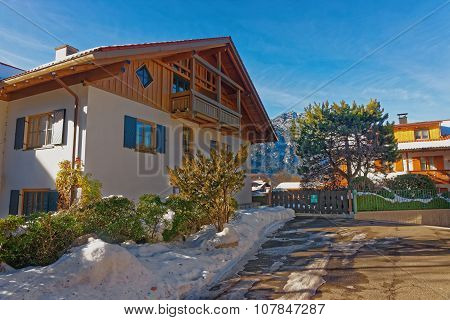 Beautiful Modern Cottage In Garmisch-partenkirchen