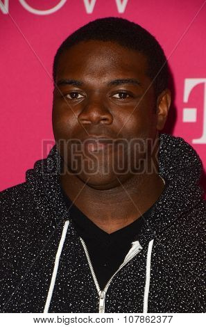 LOS ANGELES - NOV 10:  Sam Richardson at the T-Mobile Un-carrier X Launch Celebration at the Shrine Auditorium on November 10, 2015 in Los Angeles, CA
