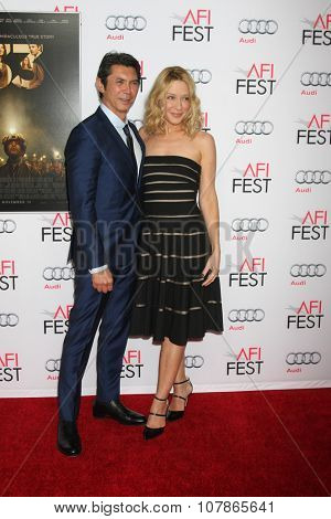 LOS ANGELES - NOV 9:  Lou Diamond Phillips, Yvonne Boismier Phillips at the AFI Fest 2015 Presented by Audi -