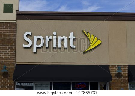 Indianapolis - November 2015: Sprint Retail Wireless Store.
