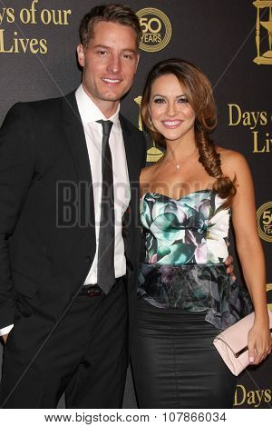 LOS ANGELES - NOV 7:  Justin Hartley, Chrishell Stause at the Days of Our Lives 50th Anniversary Party at the Hollywood Palladium on November 7, 2015 in Los Angeles, CA