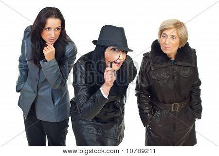Drei Detektive Frauen